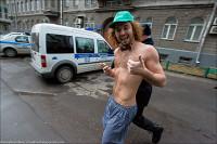 Полиция пресекла забег в трусах
