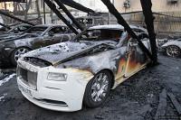 В центре Москвы сгорели 10 дорогих автомобилей общей стоимостью в 150 миллионов рублей