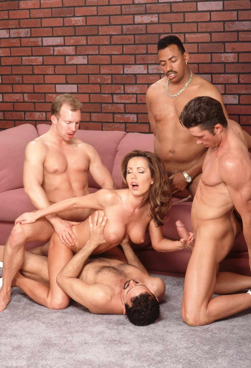 porno-latinskoe-gruppovoe-onlayn