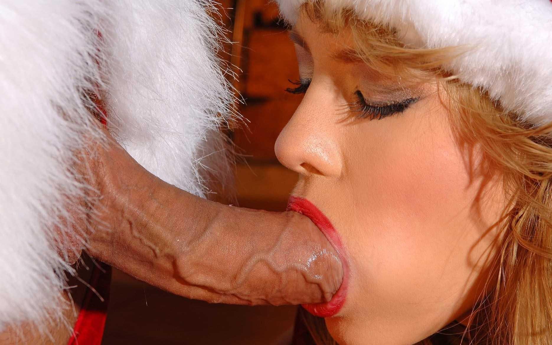 Sexey elves sucking santa sexy clips