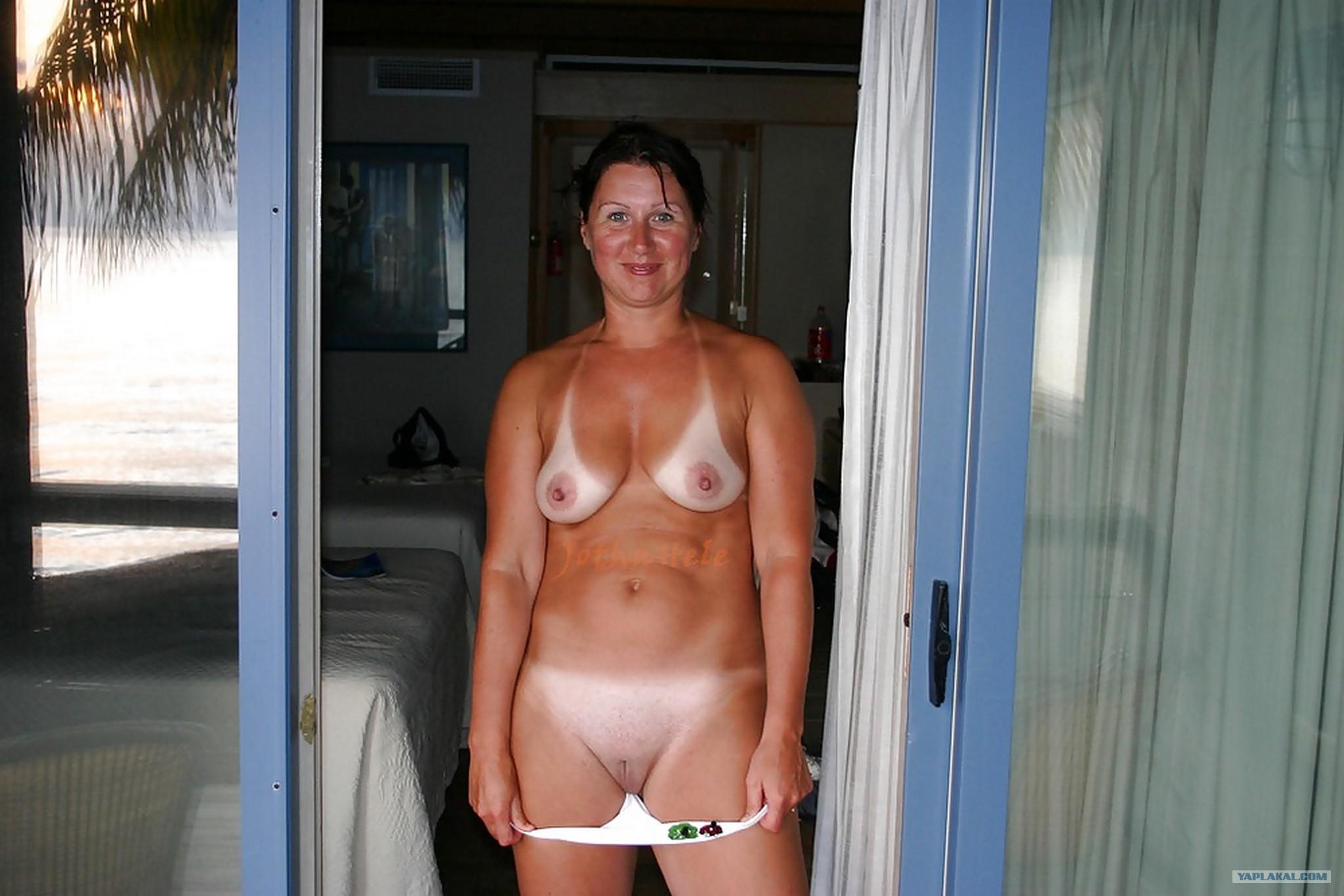 erotika-zrelie-v-kupalnikah