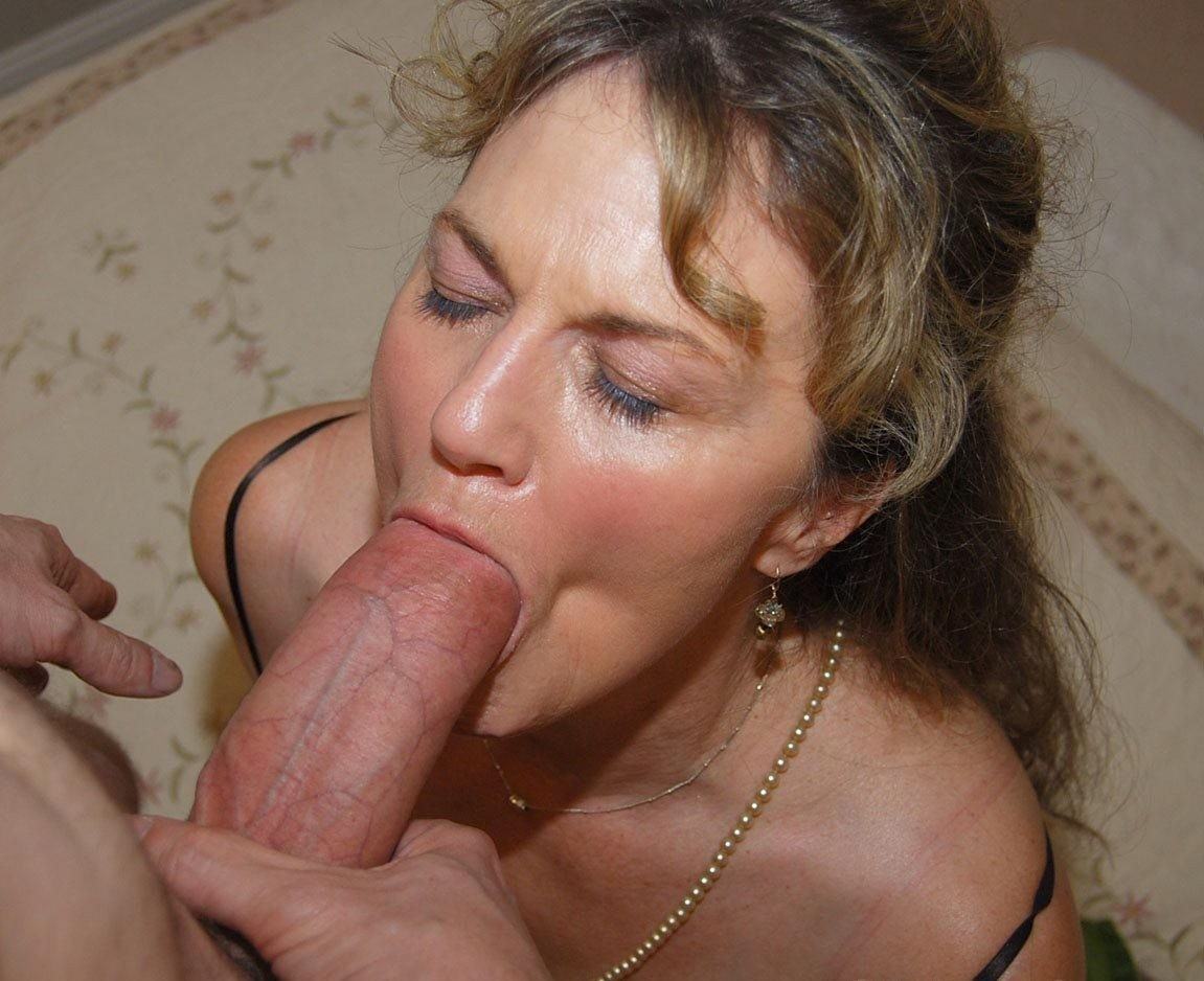 Mature Women Sucking Cock Tumblr