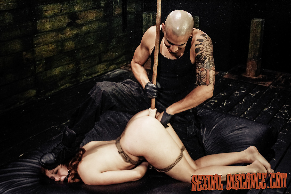 Pornstar with pierced clit