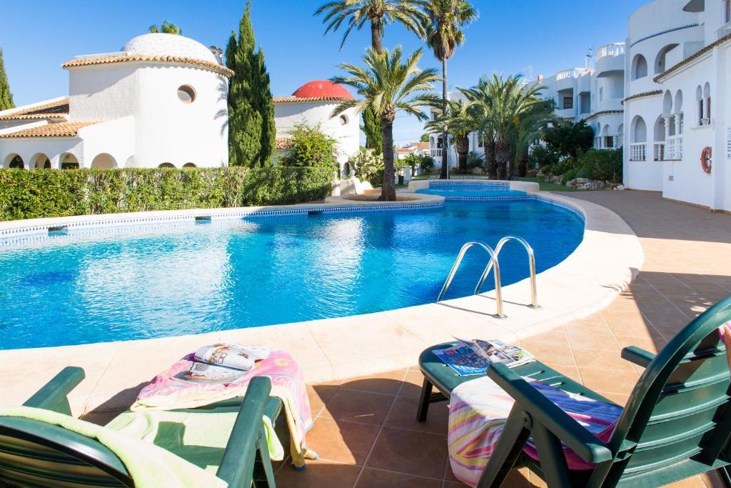 Отели бунгало в испании