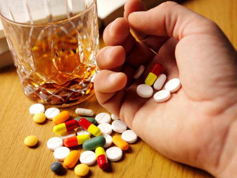 Какие таблетки пить после алкоголизма