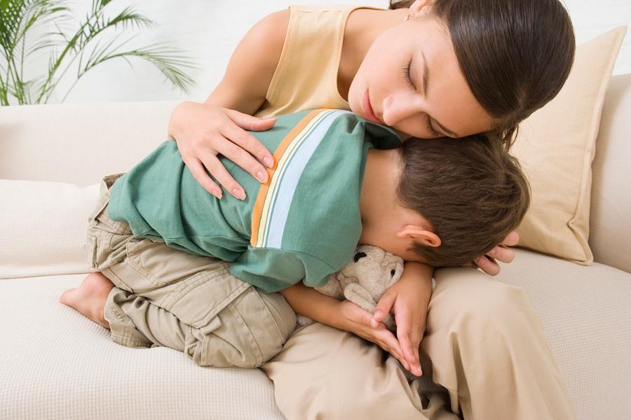 Температура и боль в животе у ребенка - причины