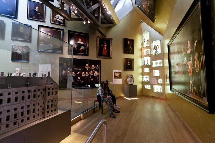 Desjardins history museum youtube name