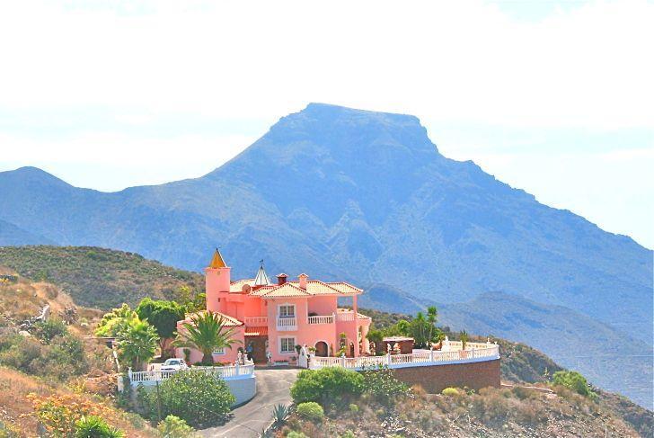 Недвижимость на канарских островах испания
