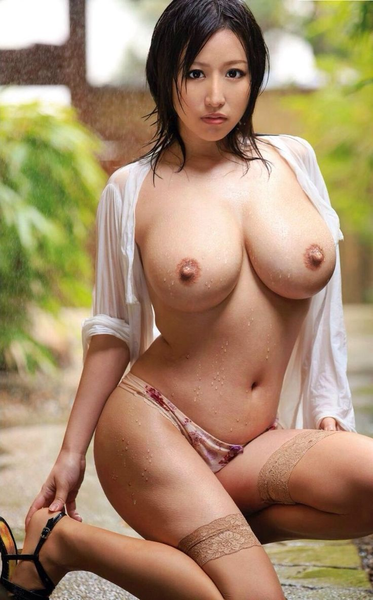 Hot naked oriental women