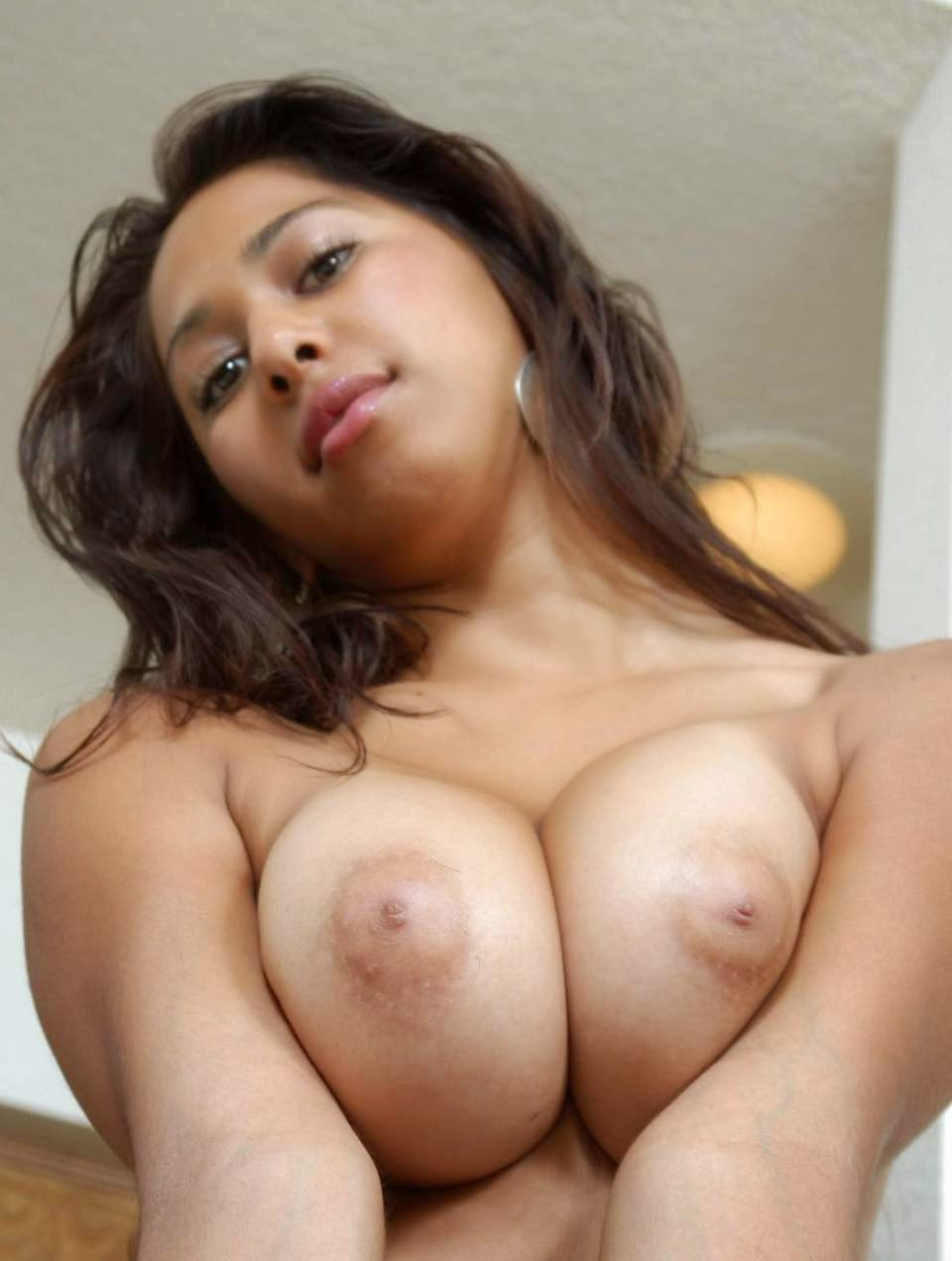 Hot nude big boobs girls