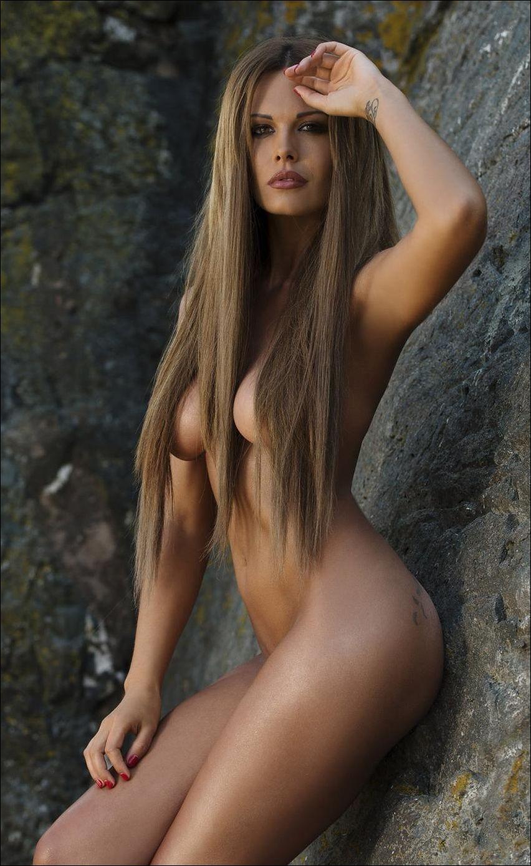 скачать бесплатно картинки голых знаменитостей