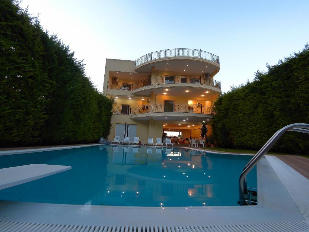 Апартаменты в остров Фтиотида недорого у моря