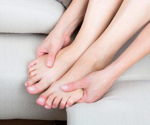 Почему у ребенка болят ноги без видимых причин