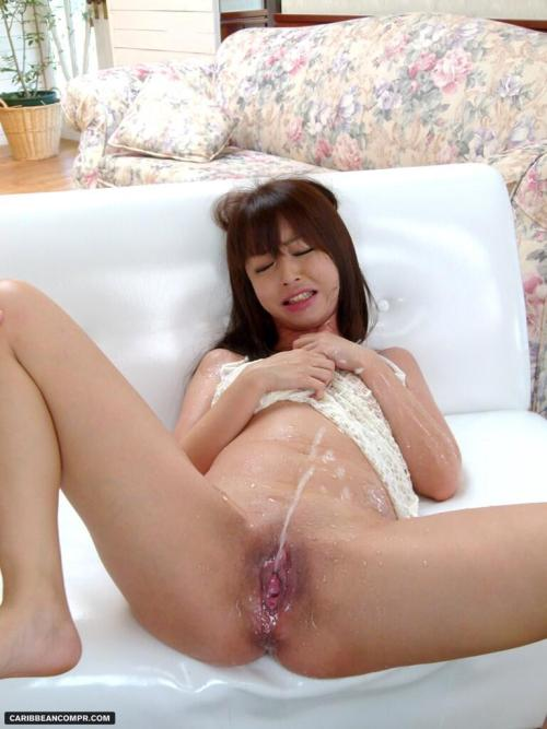 Mature woman blow jobs
