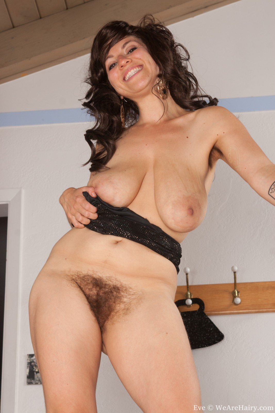 Sex with natural hairy women