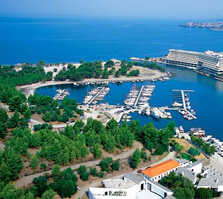 Недвижимость в остров Порто-Каррас на побережье цены