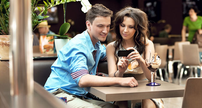Dating он ищет ее