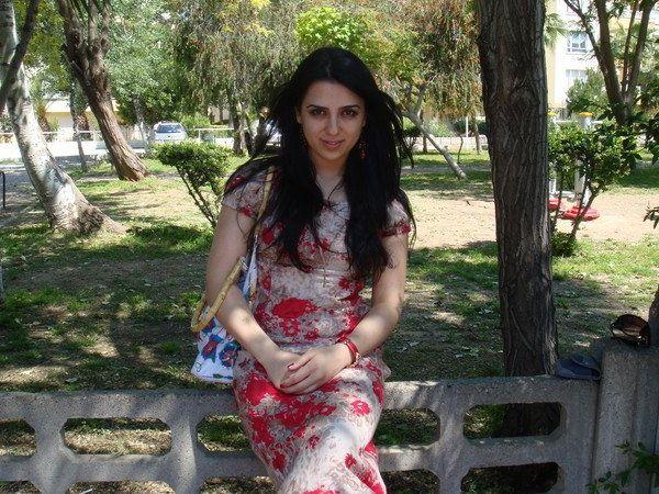 Знакомства женщины из азербайджана
