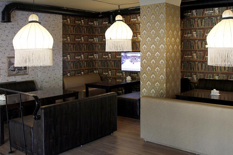 Ресторан Непоследние деньги - фотография 1 - Диванная зона -  2 этаж.