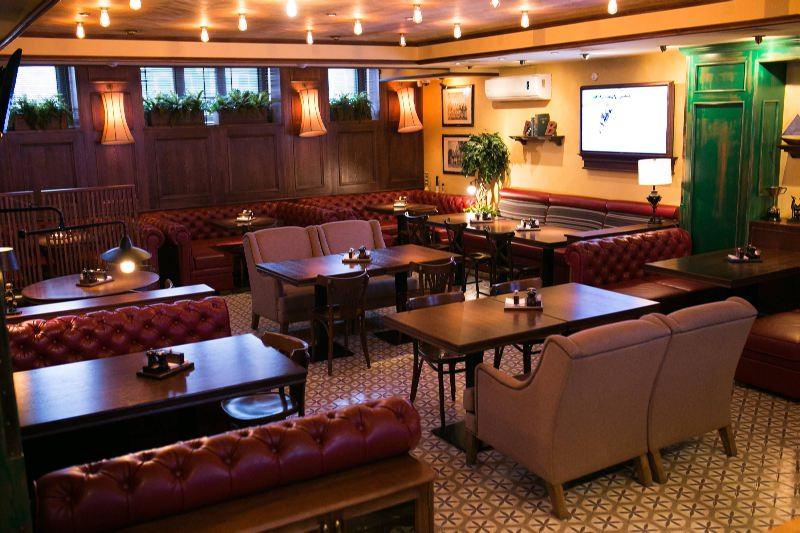 Ресторан Pool Bar & Grill - фотография 17 - Основной зал