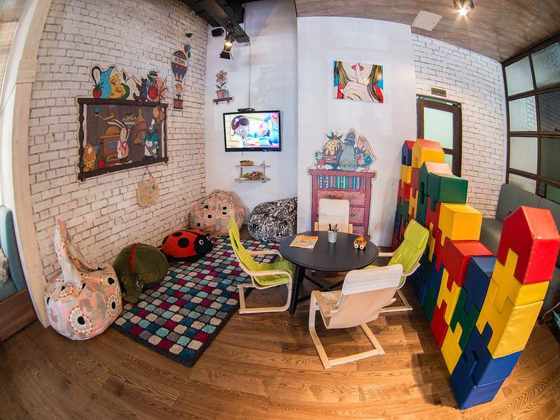 Ресторан Roni Makaroni - фотография 5 - Детский уголок