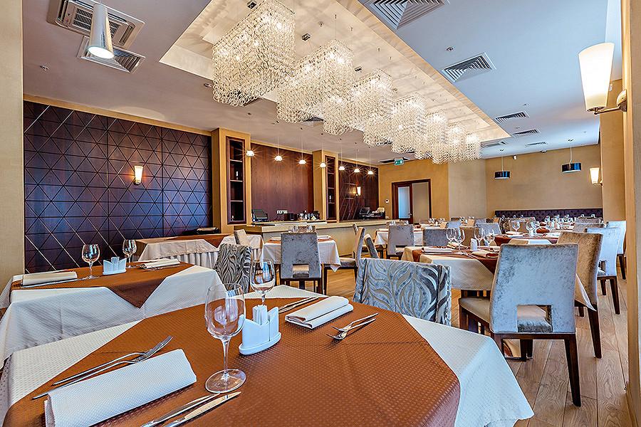 Ресторан Райкин-плаза - фотография 1