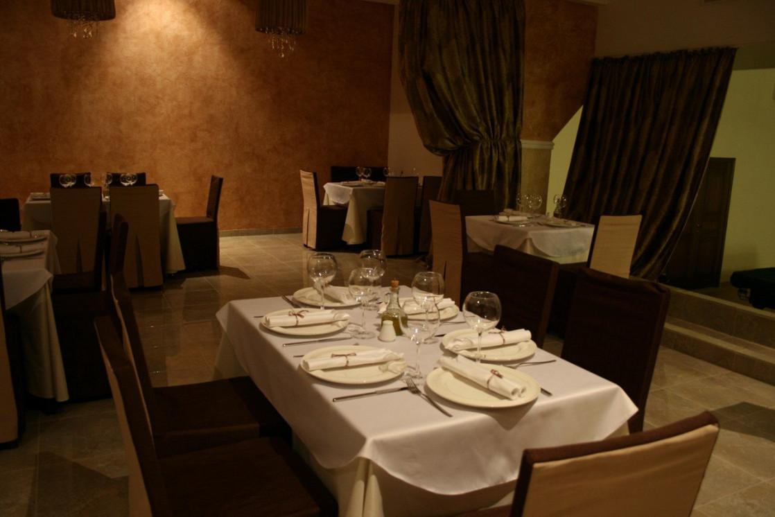 Ресторан Итальянский дворик. Большой - фотография 7
