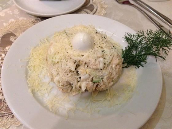 Ресторан У папы Бори - фотография 1 - Салат перепелиное яйцо
