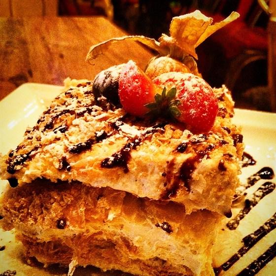 """Ресторан Прожектор - фотография 13 - Торт """"Наполеон"""""""