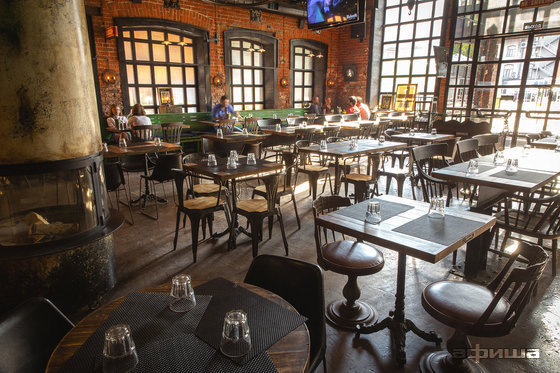 Ресторан Blacksmith Irish Pub - фотография 13
