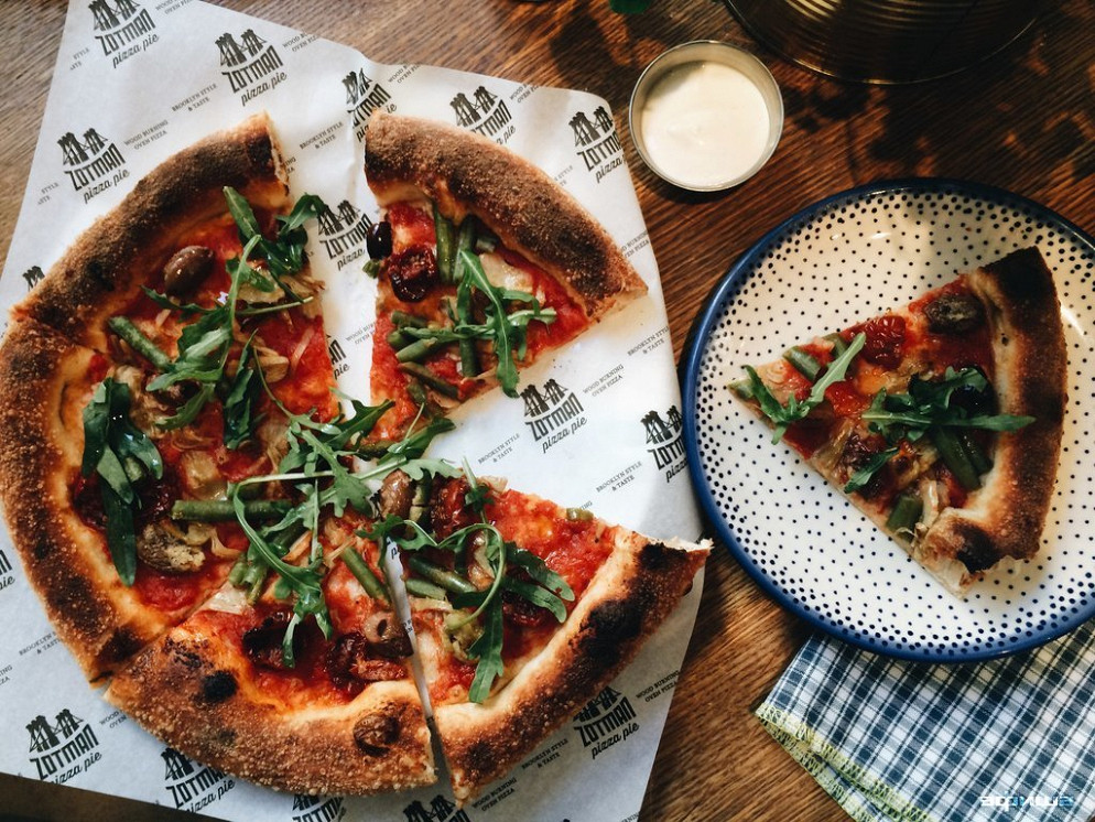 Ресторан Zotman Pizza Pie - фотография 2
