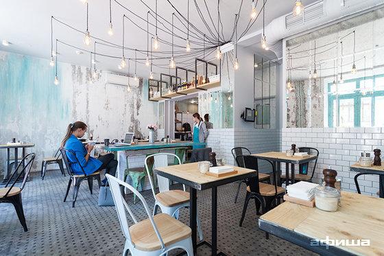 Ресторан Scramble Café - фотография 11