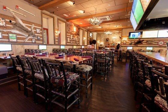 Ресторан Twin Peaks - фотография 16