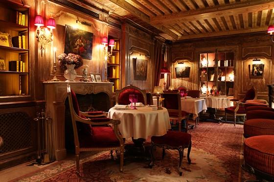 Ресторан The Most - фотография 9 - Каминный зал