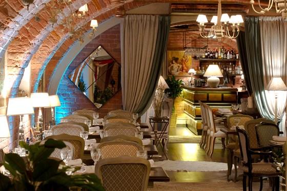 Ресторан Legran - фотография 2 - Каминный зал