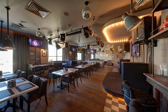 Ресторан Bar-in - фотография 5 - Основной зал BAR-IN