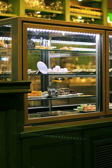 Ресторан Coffee Is - фотография 9