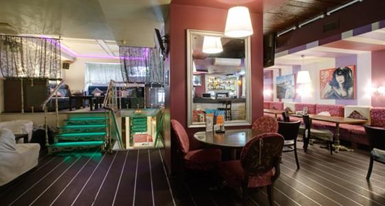Ресторан На лестнице - фотография 1 - Верхний уровень