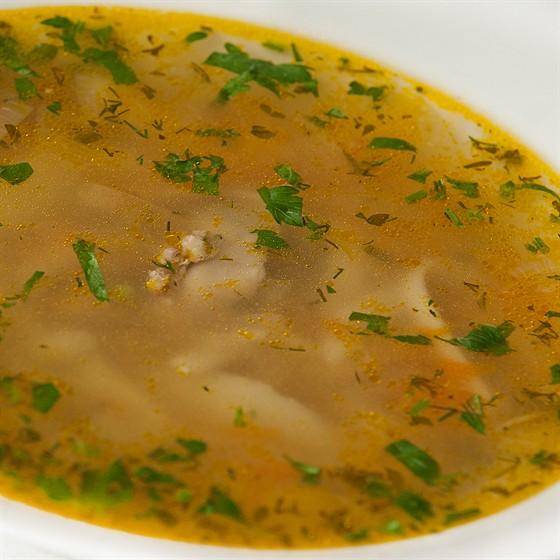 Ресторан Фирма - фотография 15 - Домашний куриный суп с лапшой (картофель, лук репчатый, морковь, курица) 300 мл. 210 руб.