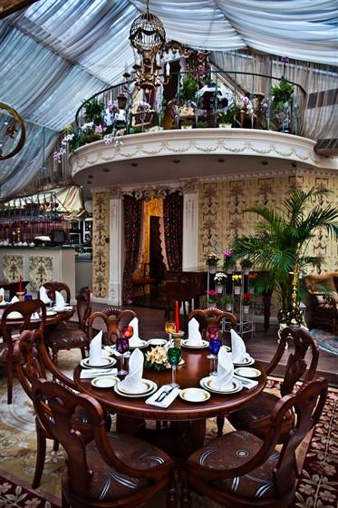 "Ресторан Gotinaza - фотография 12 - Зал ""Зимний сад"""