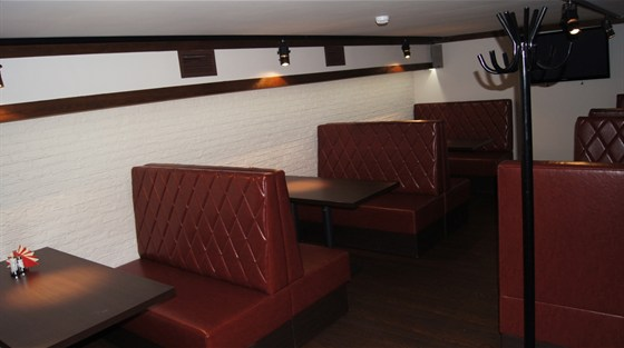 Ресторан Чешский дворик - фотография 8 - Верхний зал