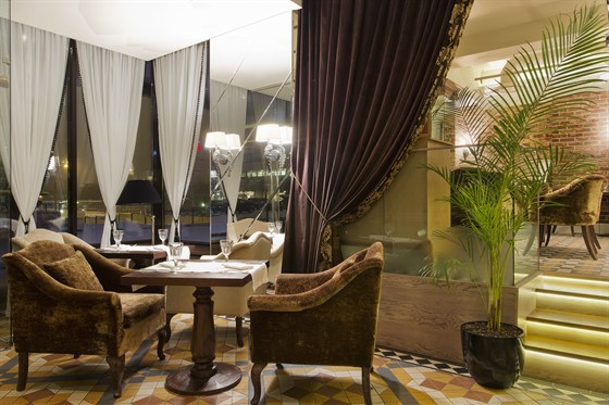 Ресторан Гуси-лебеди - фотография 1 - Ресторан ГУСИ-ЛЕБЕДИ