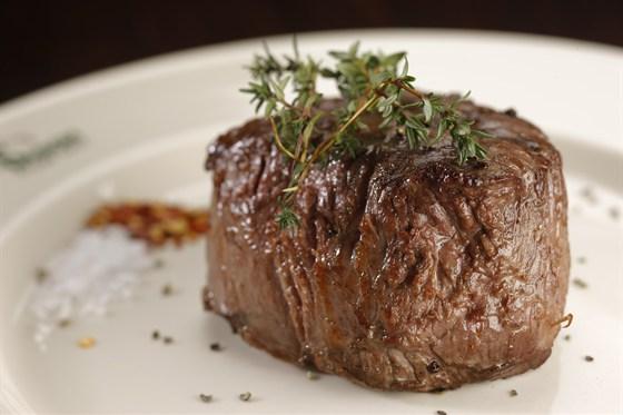 Ресторан Бизон - фотография 5 - филе стейк