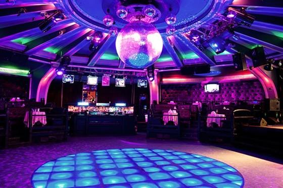 Ресторан Leningrad - фотография 19 - Ночной клуб