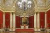 К завершению реставрации тканого убранства Малого Тронного зала Зимнего дворца