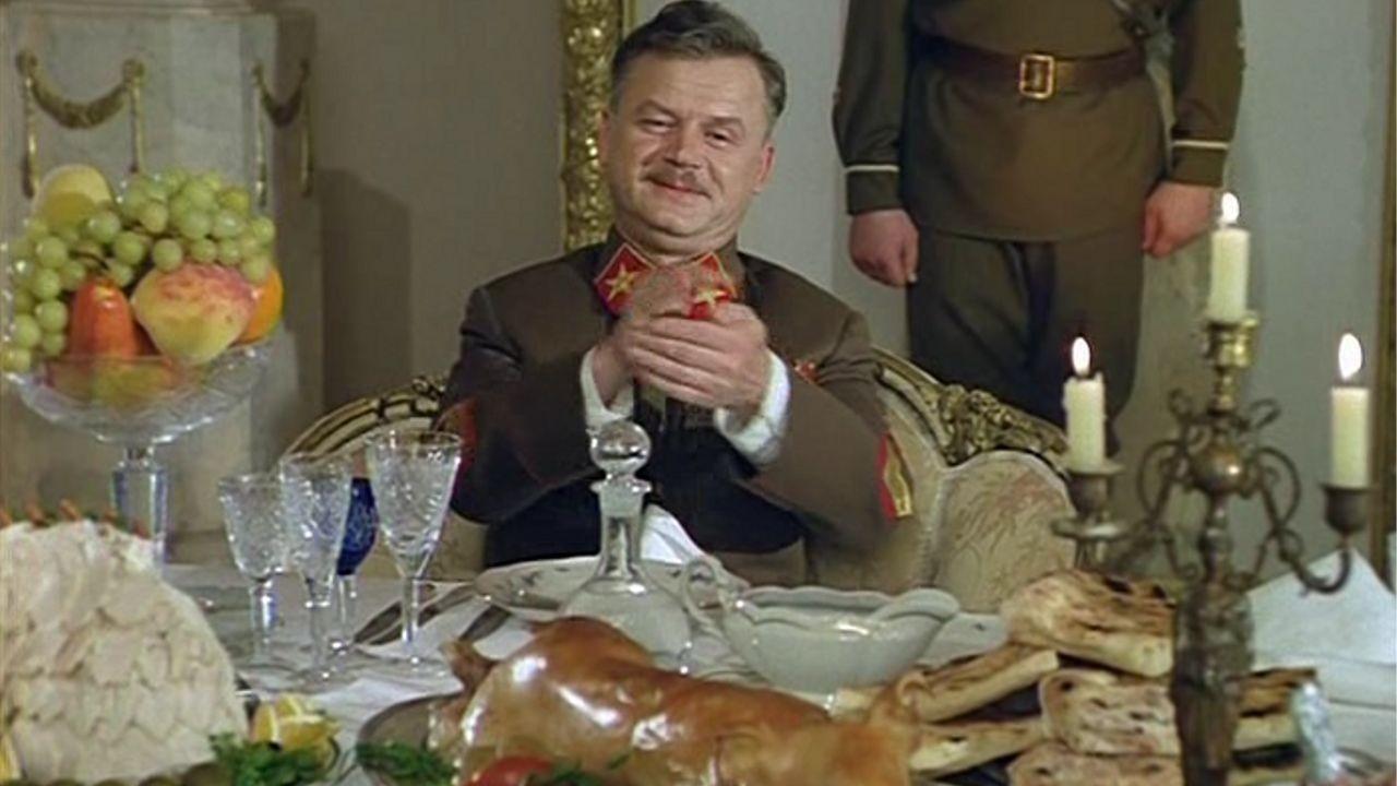 Пиры Валтасара, или Ночь со Сталиным смотреть фото
