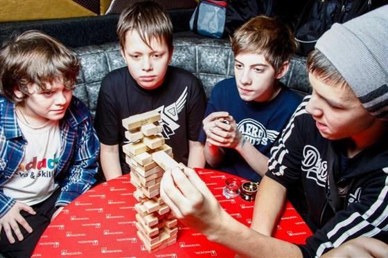VII Весенний фестиваль игр и игрушек смотреть фото