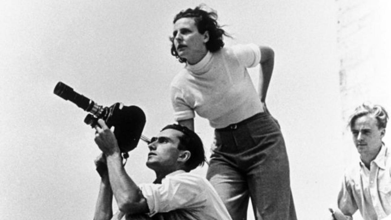 Прекрасная и ужасная жизнь Лени Рифеншталь смотреть фото