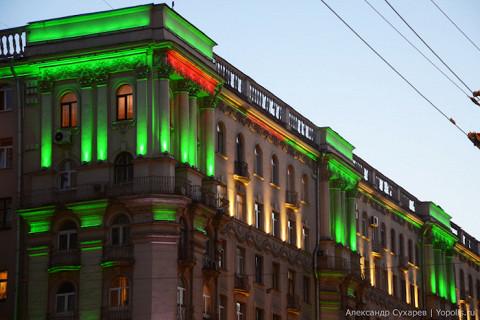 Последний раз здания на Тверской подсвечивали зеленым 5 июня — в честь Дня эколога