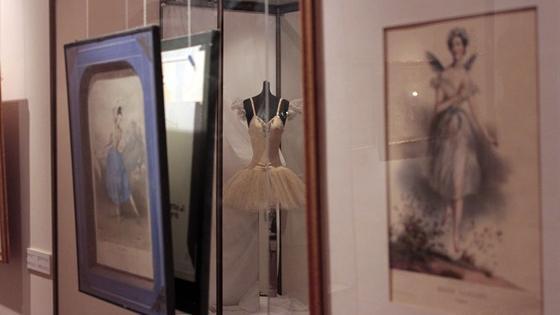 Петербургский балет. На рубеже и за рубежом XX века